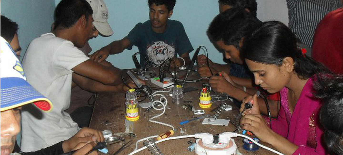 Mobile Phone Repairing Training to Youths.